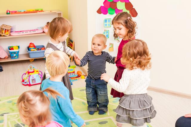 「外国 幼稚園」の画像検索結果
