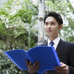 《第二新卒向け》営業の求人探しのポイント